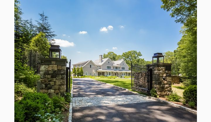 56 Pequot Lane New Canaan, CT 06840 - Image 1