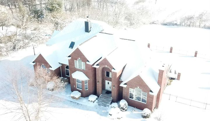 210 RIDGE ROAD - Image 1