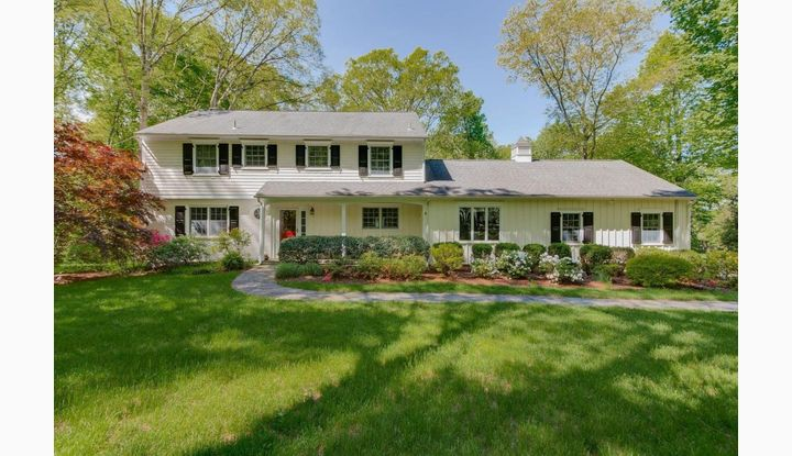 114 Colonial Road New Canaan, CT 06840 - Image 1