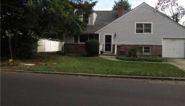 318 West Hills Rd - Image 1