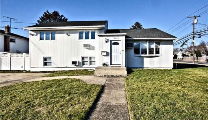 3074 Ralph Ave - Image 1