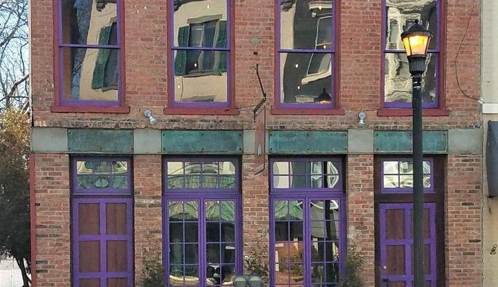 537 Warren Street - Image 1