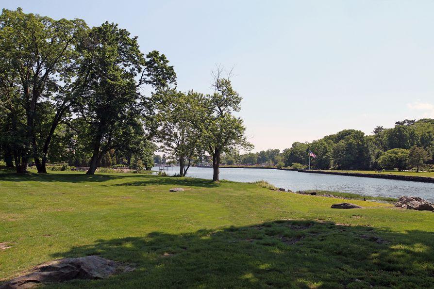 33 Meadow Wood Drive Greenwich, CT 06830 -Image 32