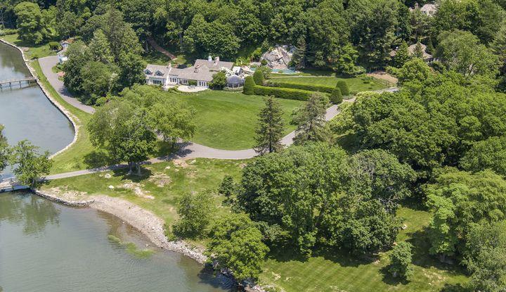 33 Meadow Wood Drive - Image 1