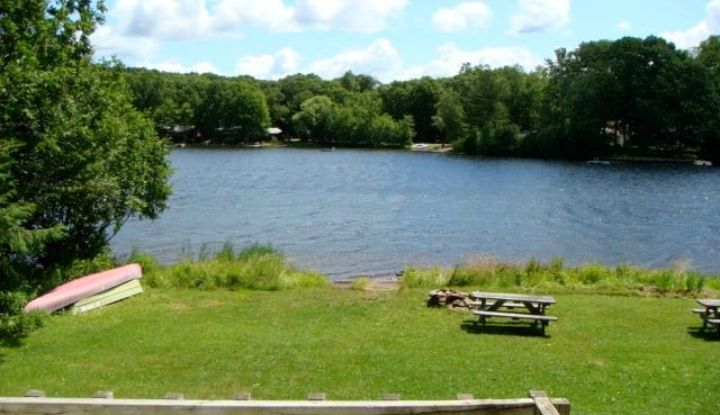 30 Ashford Lake Drive - Image 1