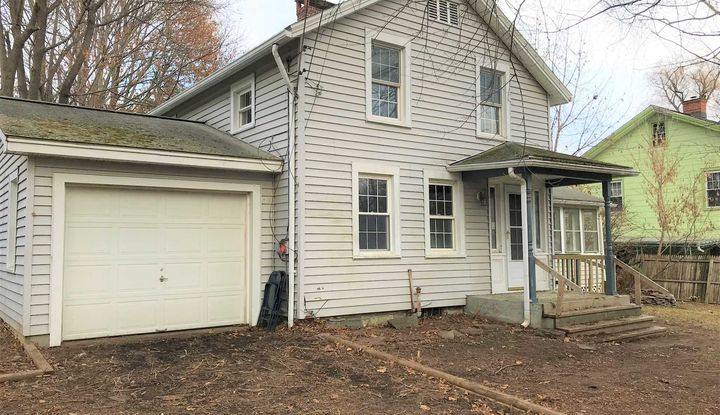 21 IRONDALE RD - Image 1