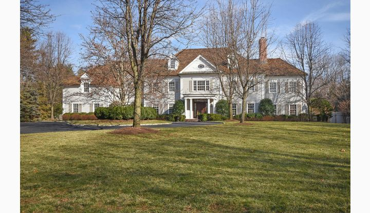 1325 Smith Ridge Road New Canaan, CT 06840 - Image 1