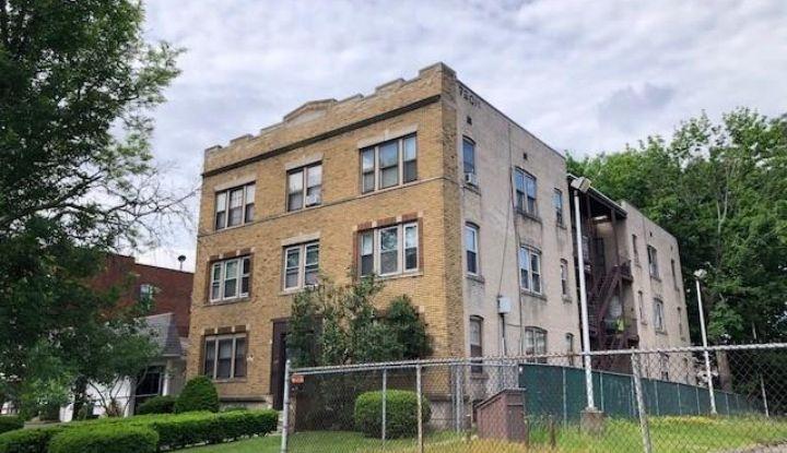 443 Washington Street - Image 1