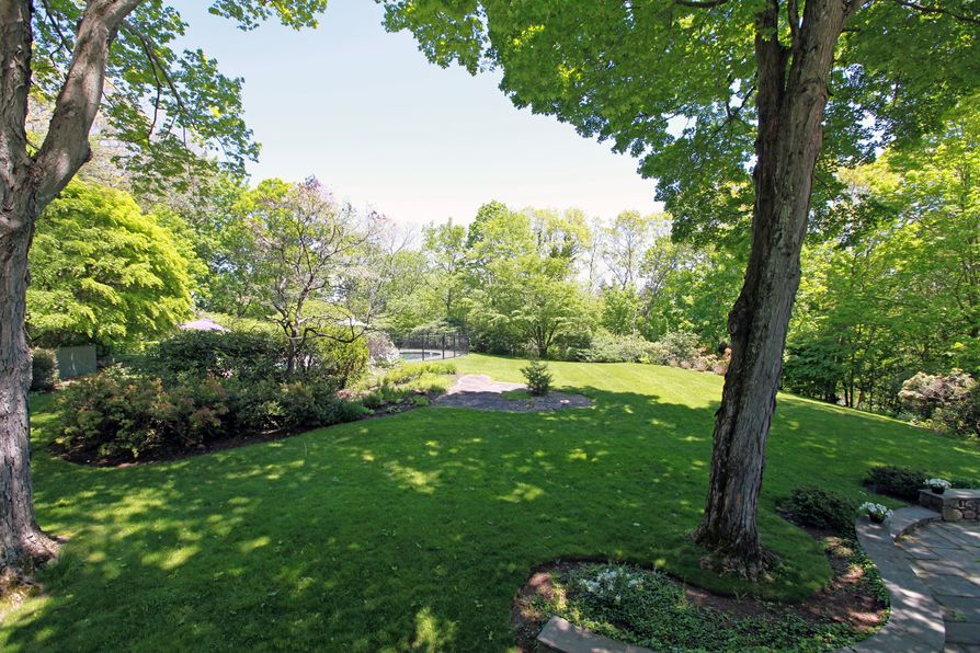 45 Midwood Road Greenwich, CT 06830 -Image 3