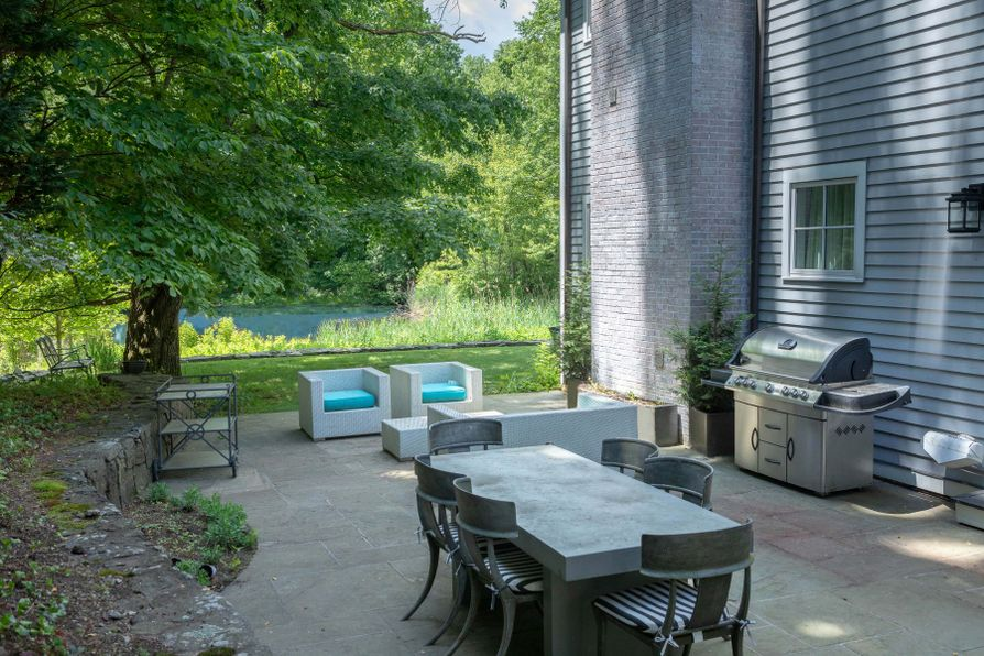 82 Glenville Road Greenwich, CT 06831 -Image 21
