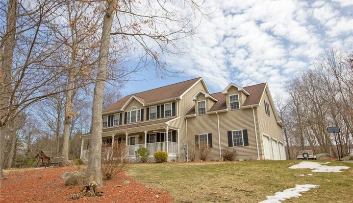 22 Fox Run Road - Image 1