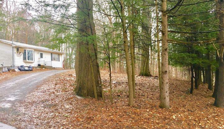 36 Big Woods Rd - Image 1