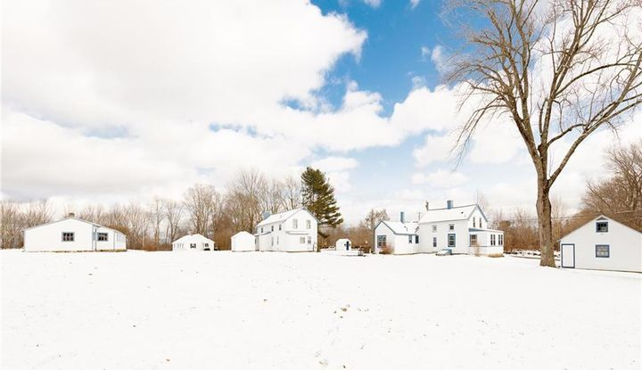 340 County Road - Image 1