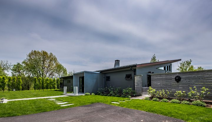 12 COTSWOLD DRIVE - Image 1