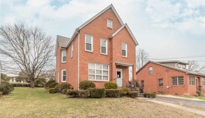 193 Clifton Ave - Image 1