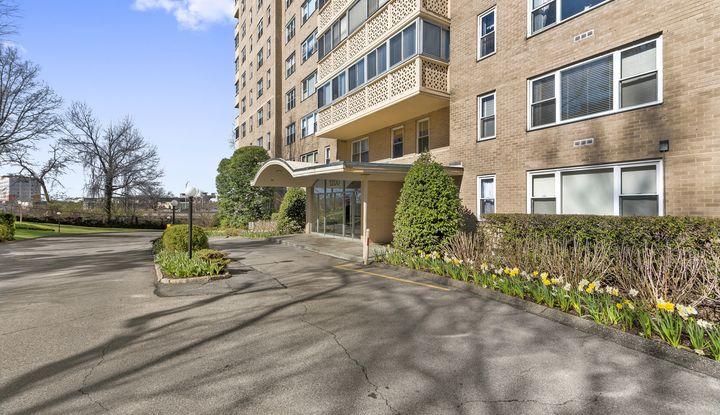 1200 Midland Avenue 6F - Image 1
