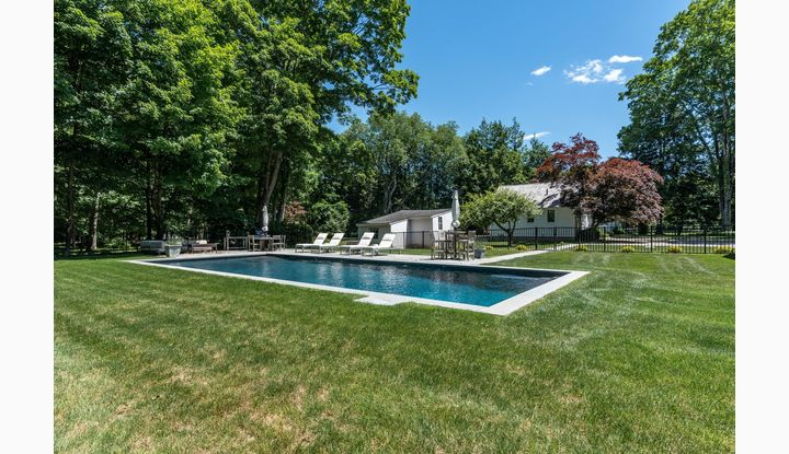 947 Valley Road New Canaan, CT 06840 - Image 1