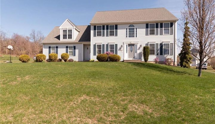 43 Tyler Farms Road - Image 1
