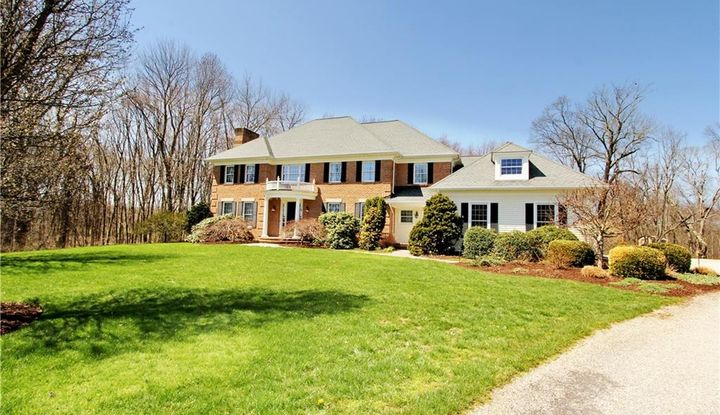 684 Heritage Hill Road - Image 1