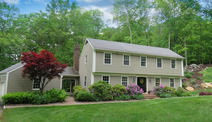 22 Mount Holly East - Image 1