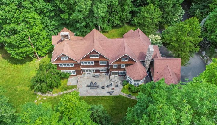 39 Hickory Kingdom Road - Image 1