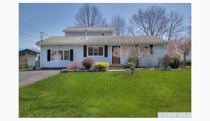 29 Apple Blossom Lane Coxsackie, NY 12051 - Image 1