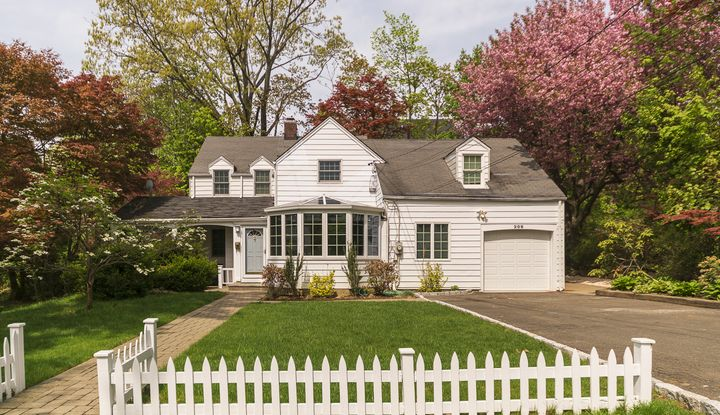 208 Beverly Road - Image 1