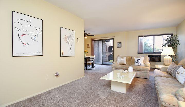 352 Central Park Avenue D20 - Image 1