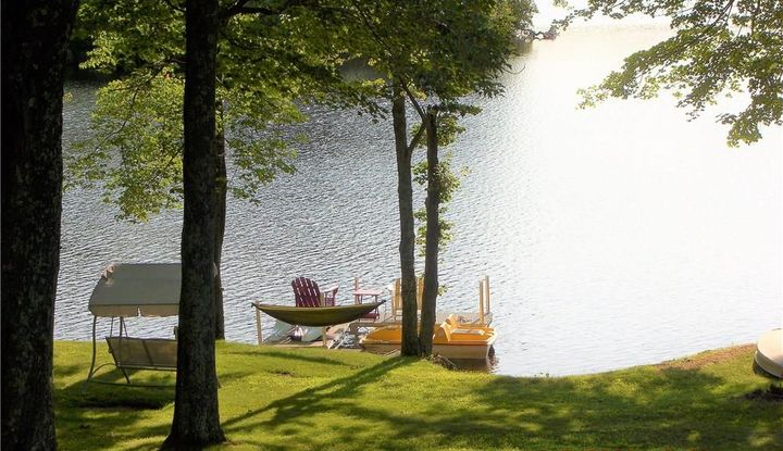39 Lakeside Drive - Image 1