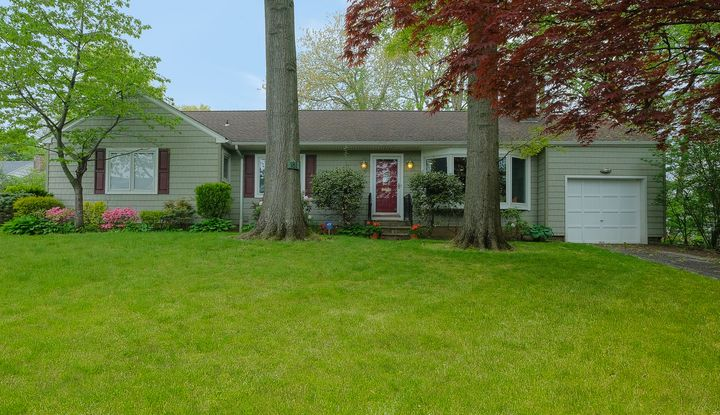 181 Plymouth Drive - Image 1
