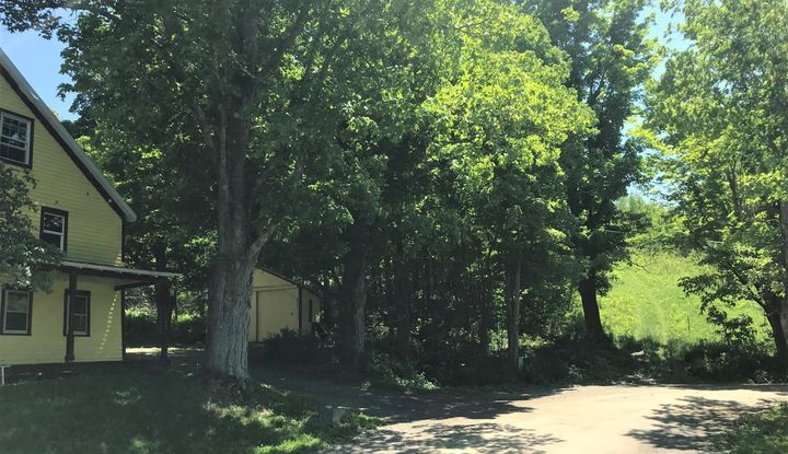 304 Hill Hollow Road - Image 1