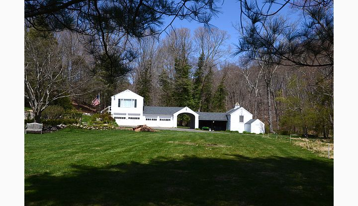 431 Greenley Road New Canaan, CT 06840 - Image 1