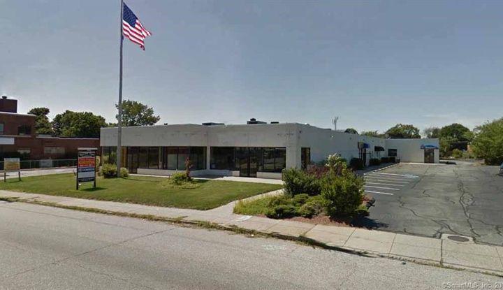 931 Bank Street - Image 1