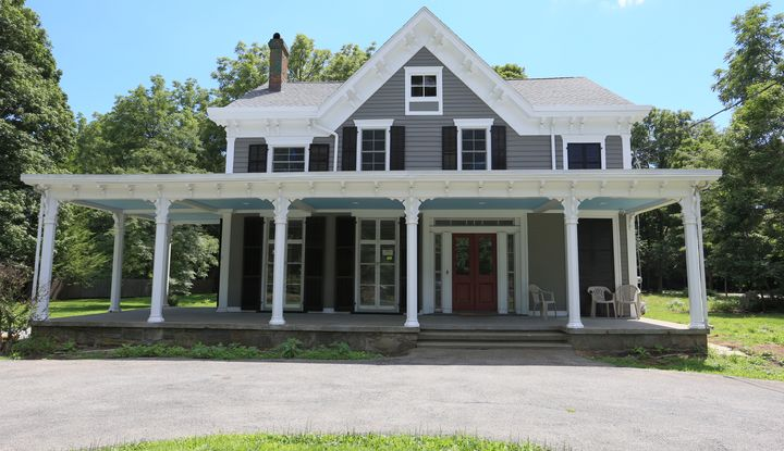 1075 East Main Street B - Image 1