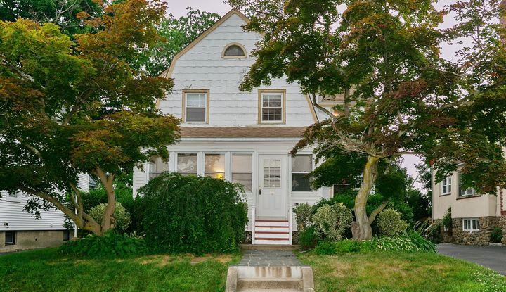 23 Sherwood Avenue - Image 1