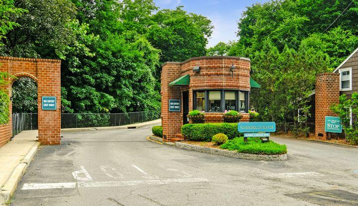 16 Rockledge Avenue 7J-2 - Image 1