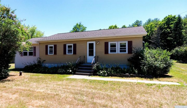 303 W Silver Spur Road - Image 1