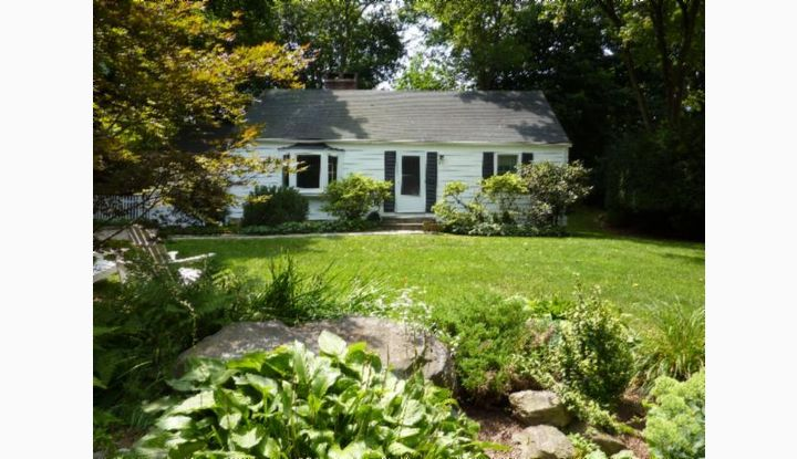 90 Kimberly Place New Canaan, CT 06840 - Image 1