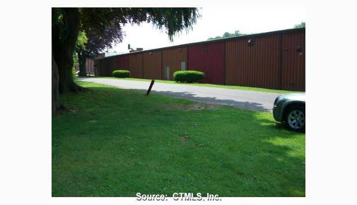 346 Quinnipiac #44 Wallingford, CT 06492 - Image 1