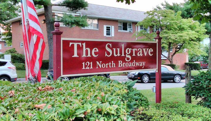 121 North Broadway 11-E - Image 1