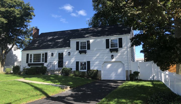 6 Field Place - Image 1