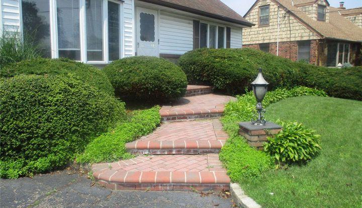20 Hardscrabble Heights - Image 1