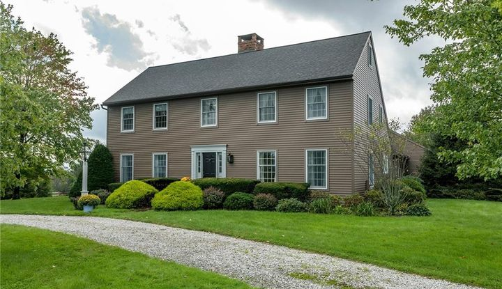 72 Pie Hill Road - Image 1