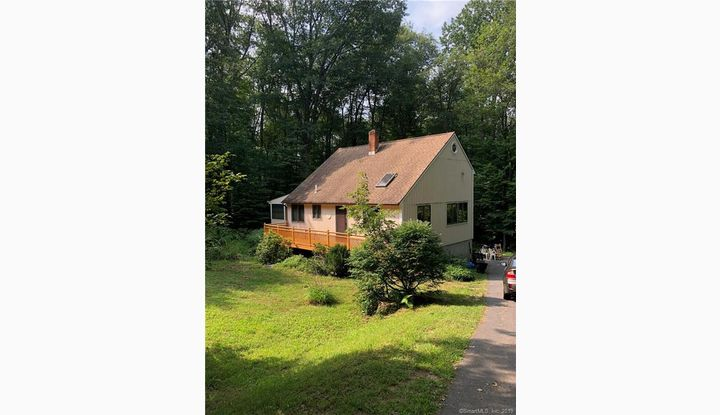 39 Pinewoods Drive Barkhamsted, CT 06063 - Image 1