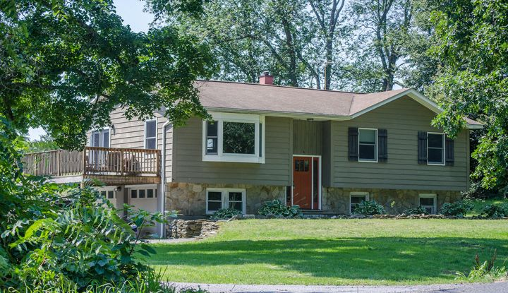 165 JOHNNY CAKE HOLLOW RD - Image 1