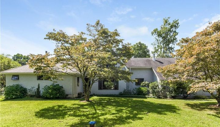 59 Wig Hill Road - Image 1