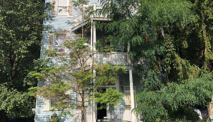 305 North Washington Street - Image 1