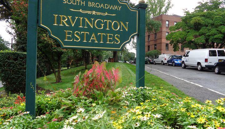 14 South Broadway 9-1A - Image 1