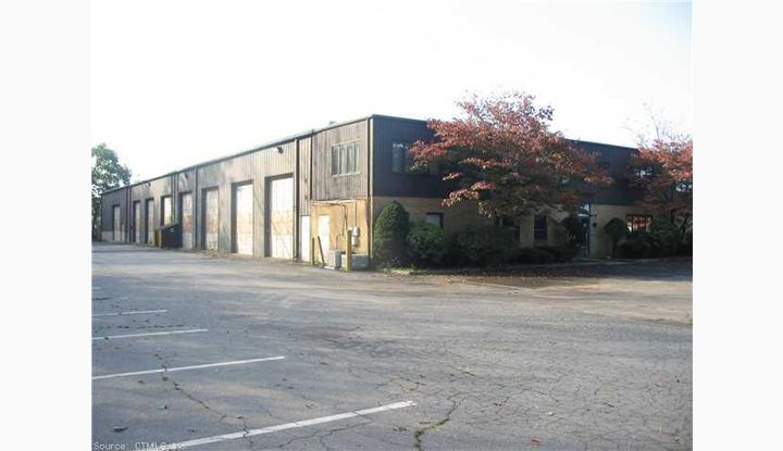 136 Bradley Road Woodbridge, CT 06525 - Image 1