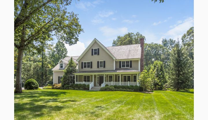 75R Colonial Road New Canaan, CT 06840 - Image 1